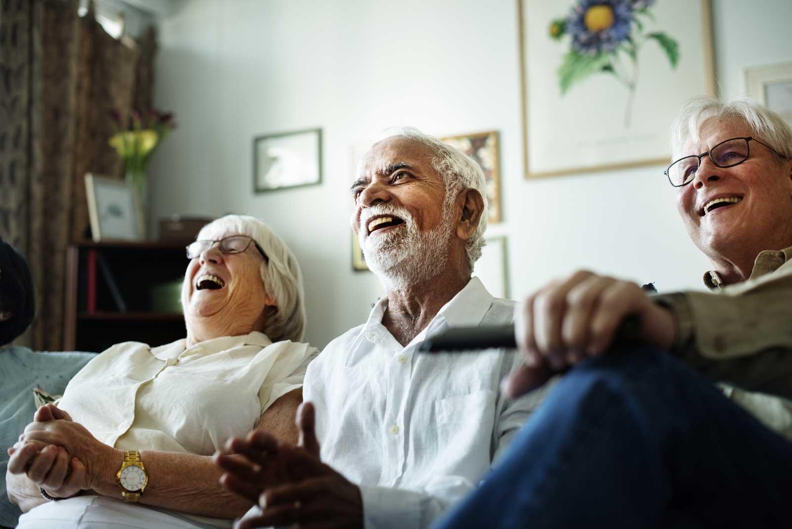 pensjonister i sofa